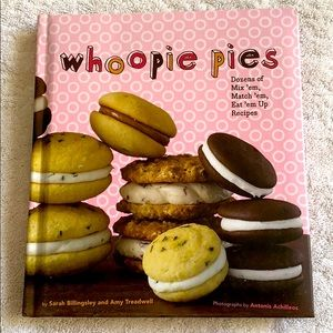 NEW Whoopie Pies Cookbook